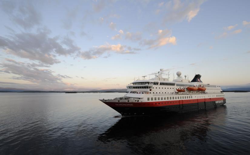 Hurtigruten vill ta elbilsrevolutionen till havs