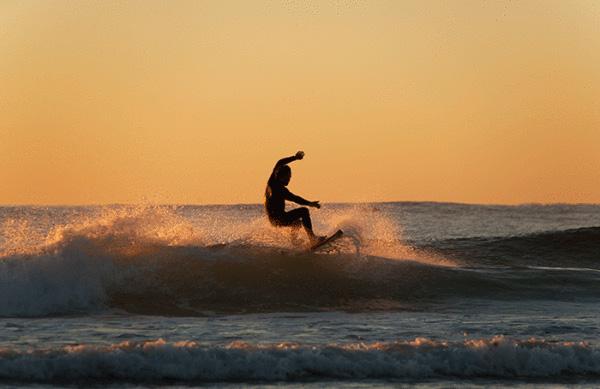 Surfa som på Hawaii på Båtmässan i Göteborg