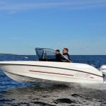 Micore 480 BR Offshore med Honda utombordsmotor