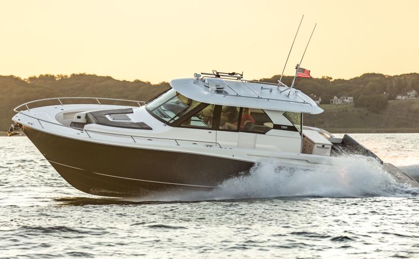 Gedigen jänkebåt för cruising – Tiara Q44