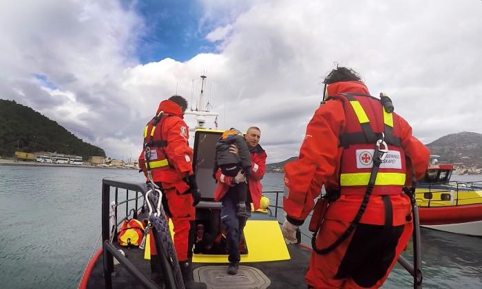 Över 1 600 räddade – SSRS insats på Samos fortsätter