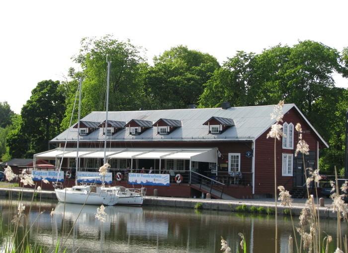 Breddat utbud och längre säsong ska stärka Norsholm vid Göta kanal