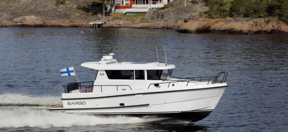 Sportig kabinbåt i premiumklassen