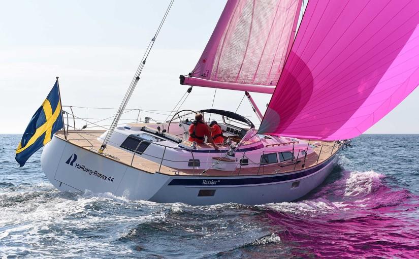 Nya Hallberg-Rassy 44 seglar inför Öppna Varv
