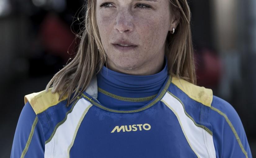 OS-seglarna Josefin och Jesper fick kämpa första OS-dagen