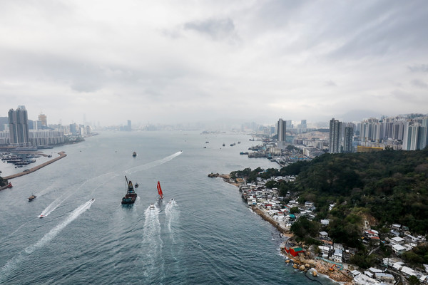En död efter kollision i Volvo Ocean Race