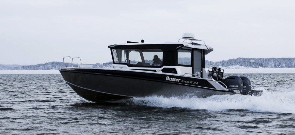Buster kabinbåt i stora lyxklassen