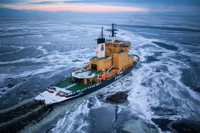 Frej fjärde isbrytaren i drift