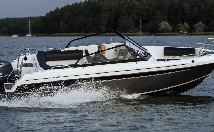 Sportig allroundbåt – Yamarin Cross 62 Bow Rider