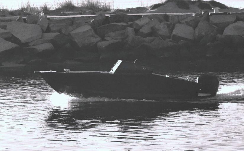 Brutal alubåt för 50 knop