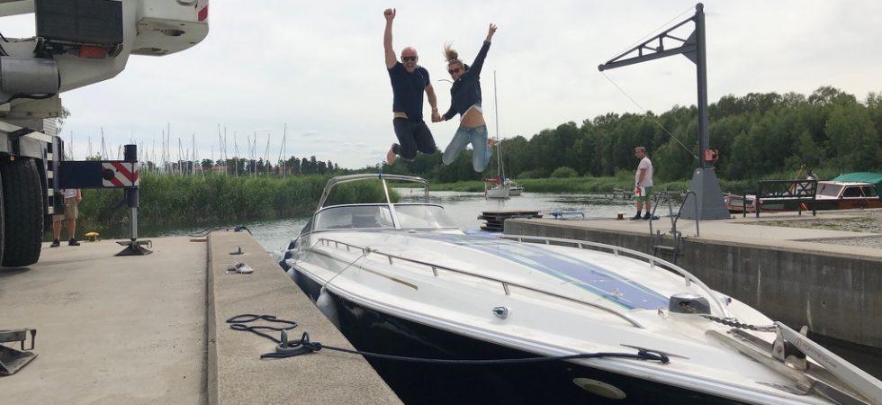 Sverige runt i en muskelbåt, vad kan gå fel?