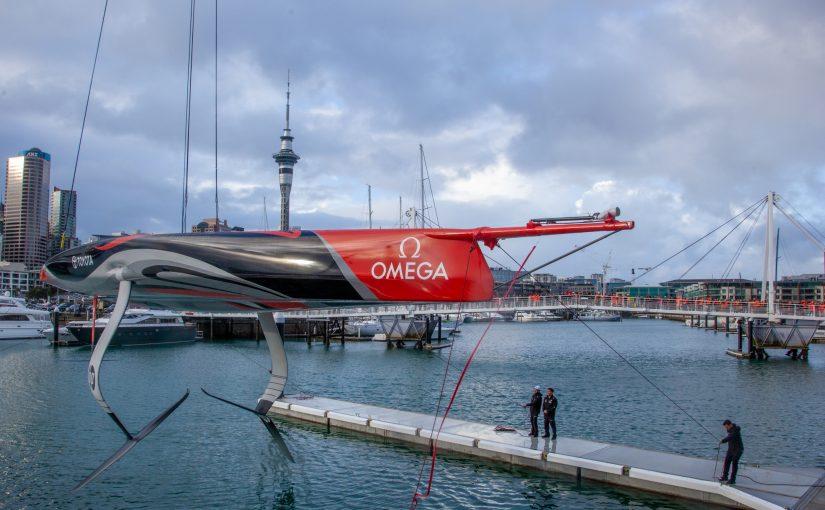Emirates Team New Zealand visar sin första AC75