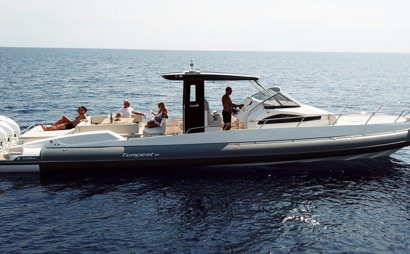 Nytt flaggskepp med 4×425 hk från Capelli