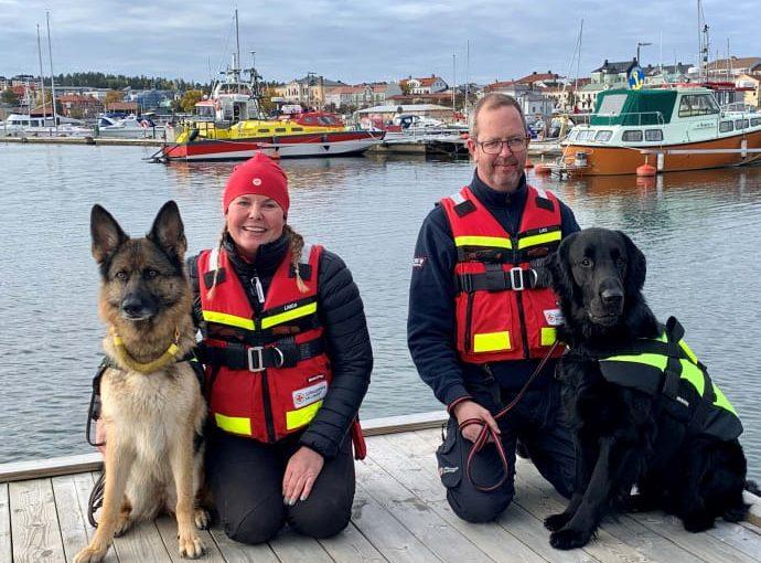 Första sjöräddningshundarna på Norrlandskusten