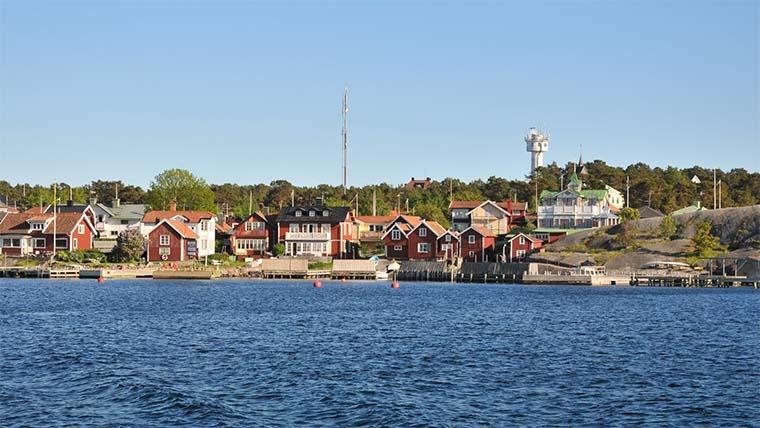 """Värmdö kommun vädjar: """"Besök inte vår skärgård!"""""""