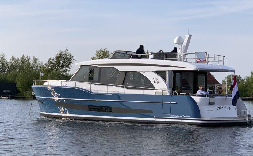 Snål och lyxig långfärdsbåt