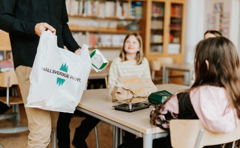 Skräp lyfter Sveriges största utesatsning under corona