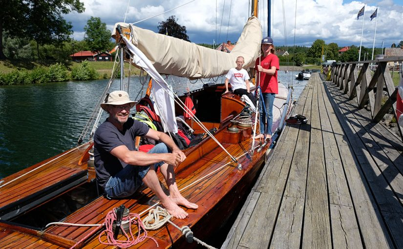 Folknöje och mysiga platser längs Göta kanal